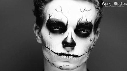 06_deathmask_thumb